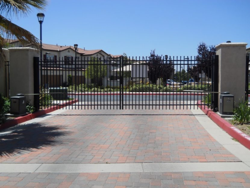 moving gate systems automatic gates