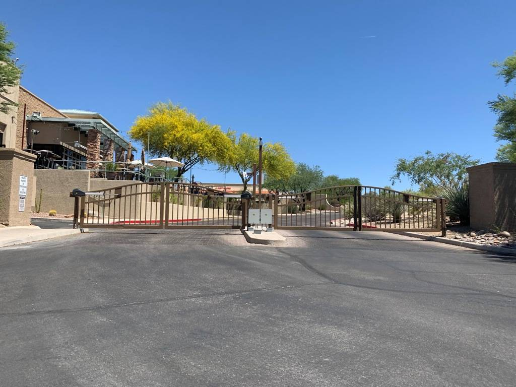 Tucson commercial gate repair and service