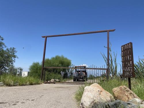 Moving-Gate-Systems-Tucson-AZ-auto-gate-repair